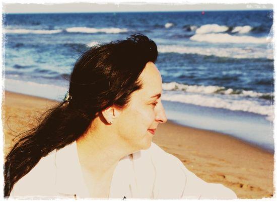 Lisa on the beach3 - 17 may