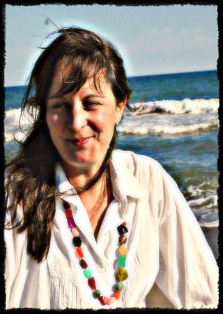 Lisa on the beach - 17 may