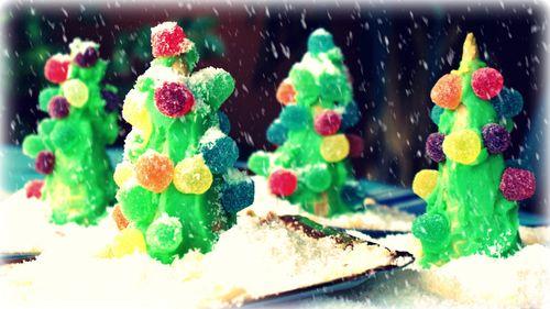 18-12-09 - arbolitos decorados