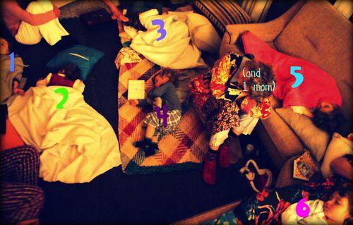 18-12-09 - 6 sleeping kidlets